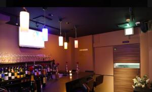 湯島ワイン子Bar(ワインコバー)店内の写真
