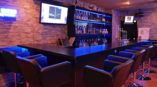 津田沼Girls Bar Centurion(ガールズバー センチュリオン)店内の写真