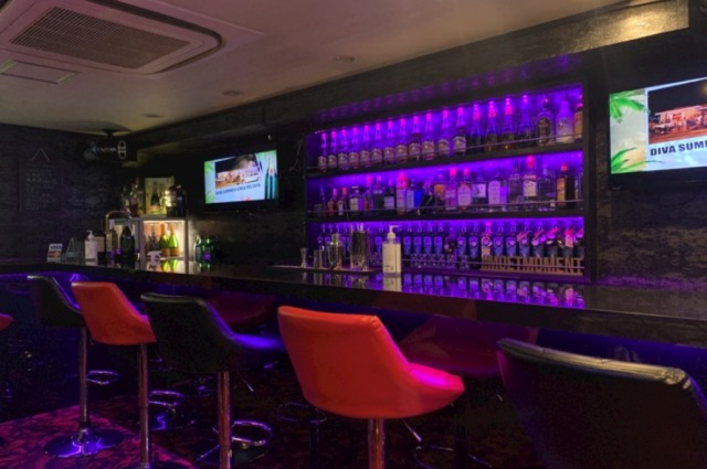 Bar 609(ロクマルキュー)店内画像
