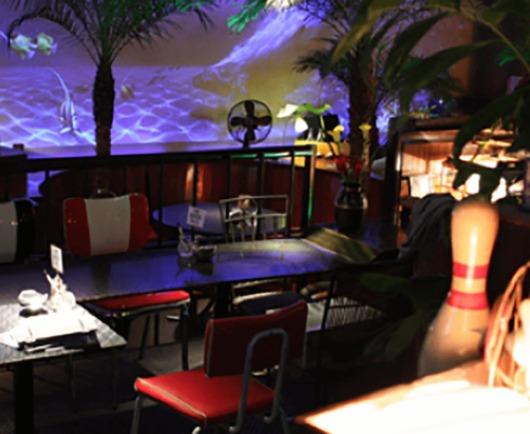 熱帯夜アメリカンズ店内画像